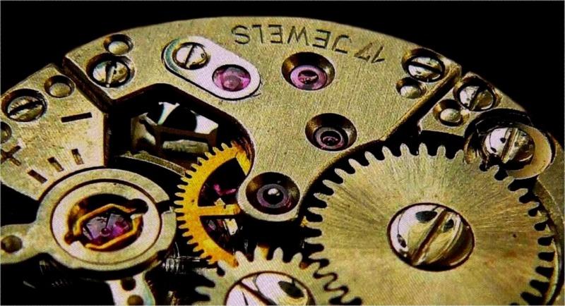 clock-1081013_1280